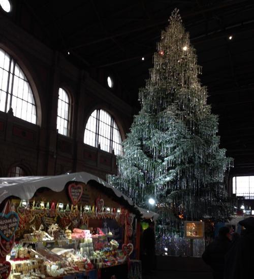 Addobbi Natalizi Zurigo.Preparativi Di Natale A Zurigo Mammeonline