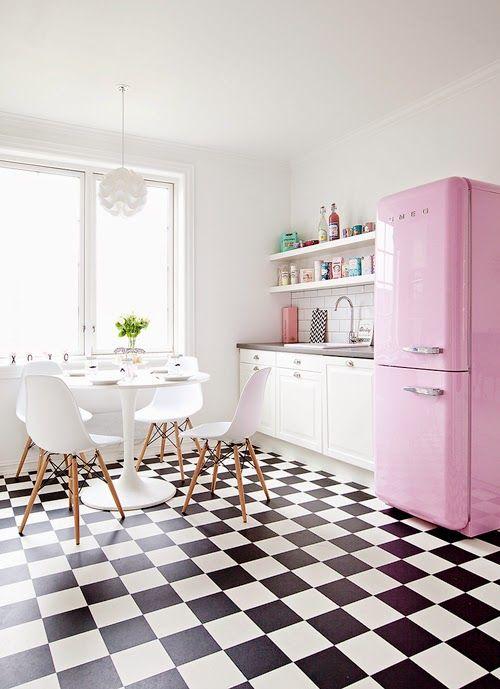think pink pensiero e inchiostro rosa  mammeonline, Disegni interni